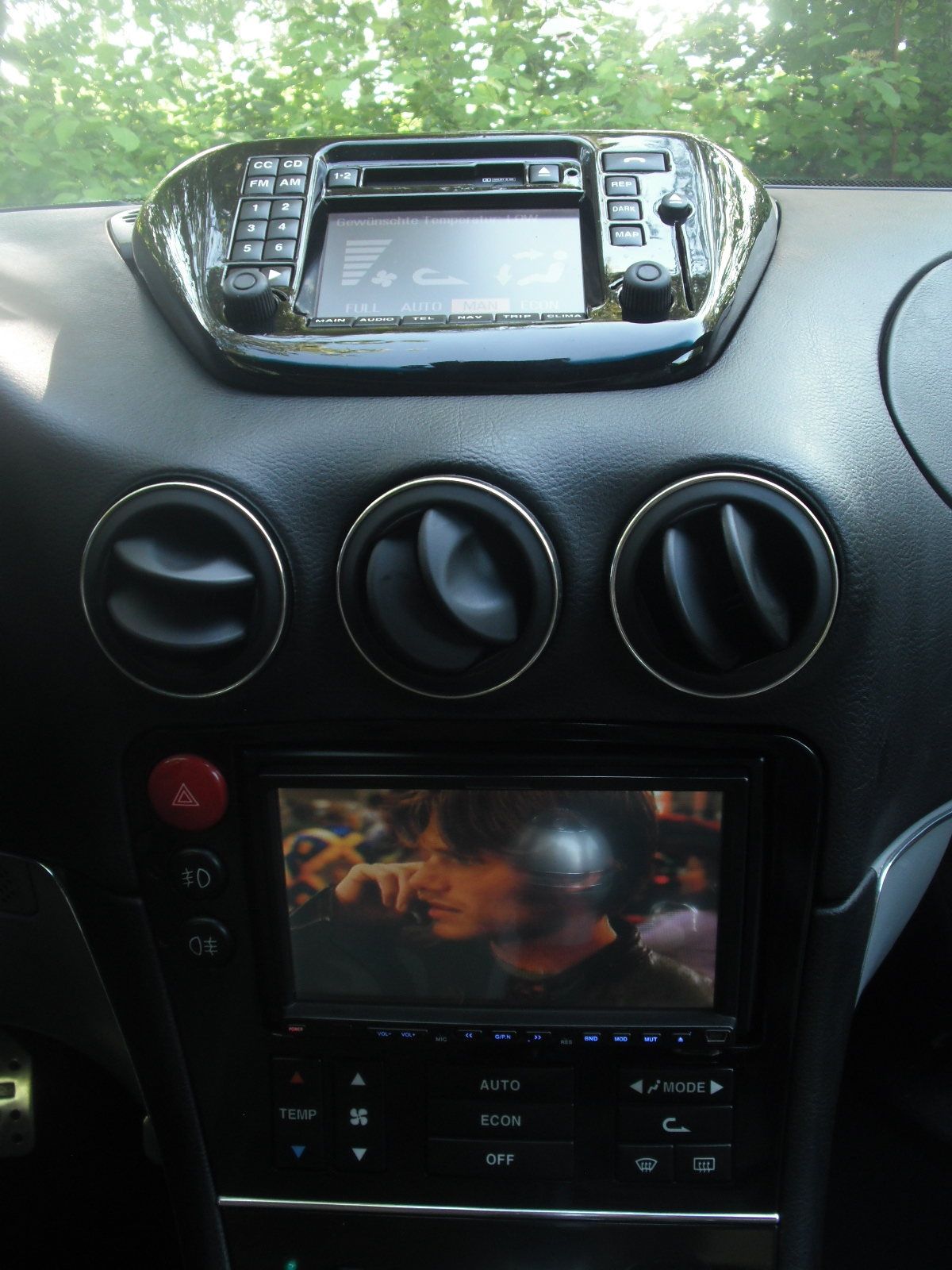 Alfa 166 ICS-DVD Ipod und Co..JPG